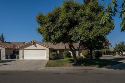 Sanger Single Family Home For Sale: 9 Daisy Lane