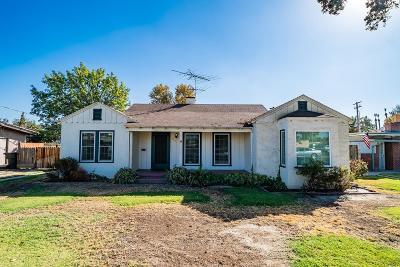 Hanford Single Family Home For Sale: 115 W Grangeville Boulevard