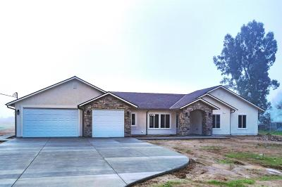 Madera Single Family Home For Sale: 37920 Berkshire Drive