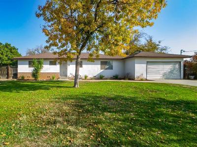 Fresno Single Family Home For Sale: 2082 N Bryan Avenue