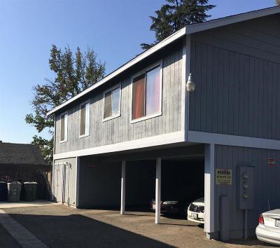 Clovis, Fresno, Sanger Multi Family Home For Sale: 750 E Fountain Way