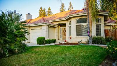 Clovis Single Family Home For Sale: 805 Carolina Avenue