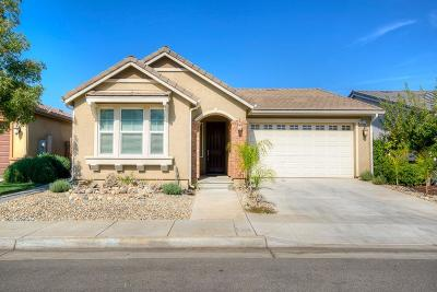 Clovis Single Family Home For Sale: 3533 Hampton Way