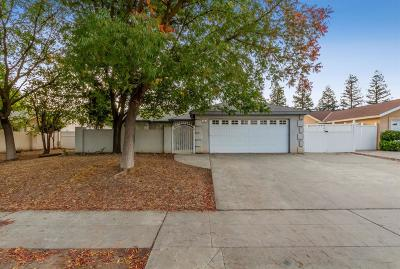 Clovis Single Family Home For Sale: 494 Armstrong Avenue
