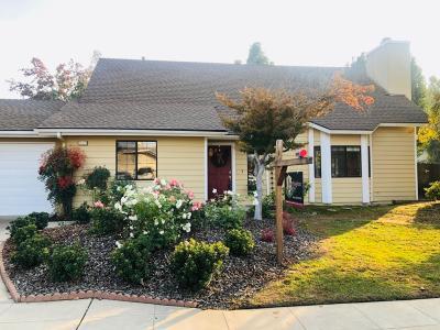 Clovis Single Family Home For Sale: 2236 Sample Ave Avenue