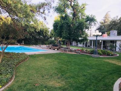 Sanger Single Family Home For Sale: 9790 E Belmont Avenue