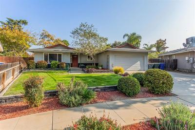 Single Family Home For Sale: 2724 E Millbrae Avenue