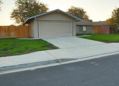 Clovis Single Family Home For Sale: 1518 Ashcroft Avenue