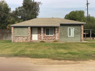 Single Family Home For Sale: 2940 E Avenell Avenue