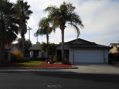 Clovis Single Family Home For Sale: 3460 Phillip Avenue