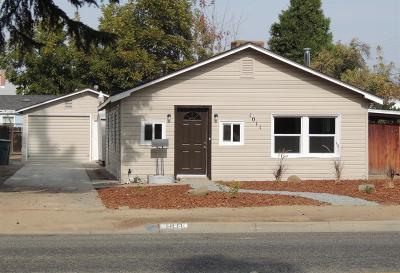 Clovis Single Family Home For Sale: 1011 3rd Street