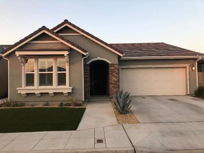 Clovis Single Family Home For Sale: 3439 Sussex Avenue