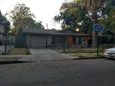 Fresno Single Family Home For Sale: 363 N College Avenue