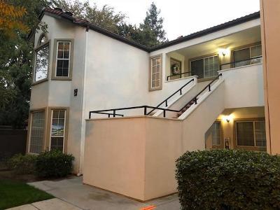 Fresno Condo/Townhouse For Sale: 8153 N Cedar Avenue #209