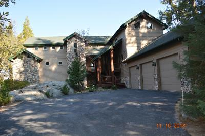 Shaver Lake Single Family Home For Sale: 42449 W Pinnacle Lane