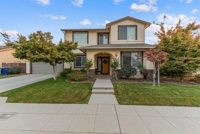 Clovis, Fresno Single Family Home For Sale: 5333 W Harvard Avenue