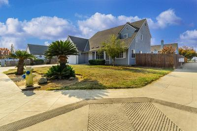 Clovis Single Family Home For Sale: 1212 Burl Avenue