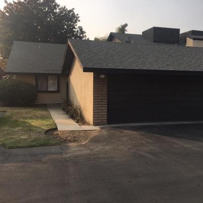 Fresno Condo/Townhouse For Sale: 4975 E Butler Avenue #146