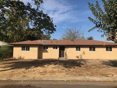 Madera Single Family Home For Sale: 27289 Parkwood Avenue