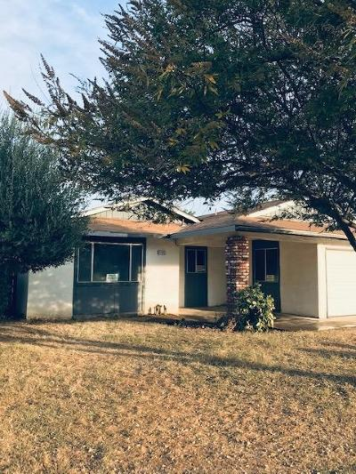Madera Single Family Home For Sale: 1105 Phillip St Street
