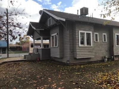 Fresno Single Family Home For Sale: 2440 E Tyler Avenue