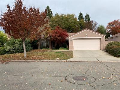 Single Family Home For Sale: 2280 E El Paso Avenue