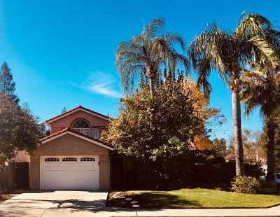 Single Family Home For Sale: 9683 N Sharon Avenue