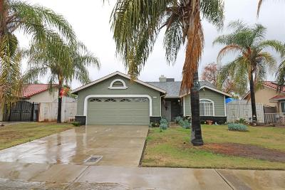Dinuba Single Family Home For Sale: 1171 E Davis Drive