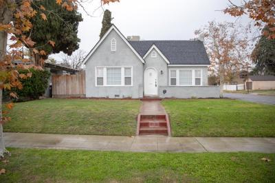 Fresno Single Family Home For Sale: 904 N Adoline Avenue