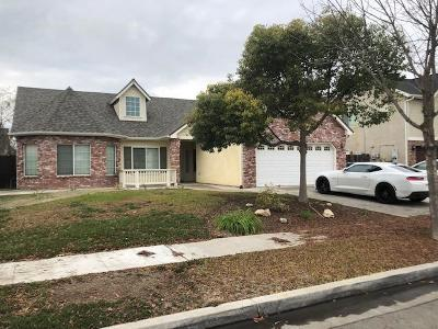 Kerman Single Family Home For Sale: 751 S Almond Avenue