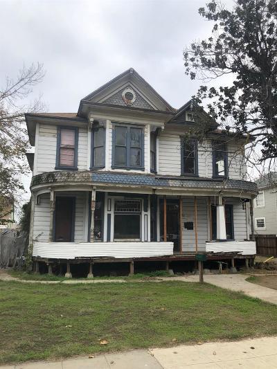 Fresno Multi Family Home For Sale: 274 N Glenn Avenue #A-D