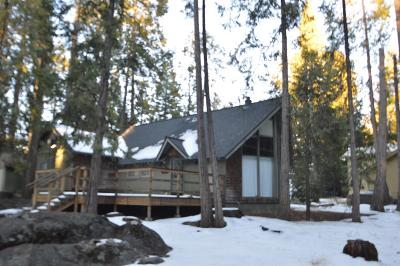 Shaver Lake Single Family Home For Sale: 42573 Rock Ledge Road