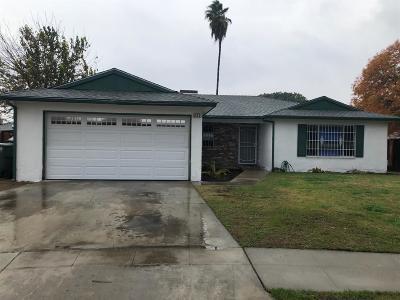 Single Family Home For Sale: 4523 E Garrett Avenue