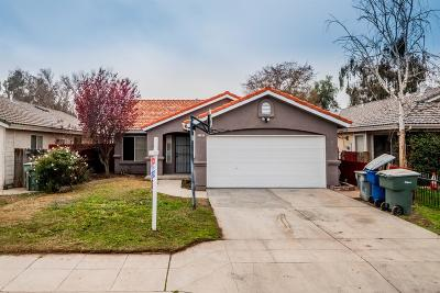 Single Family Home For Sale: 2187 N Lodi Avenue