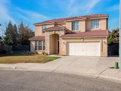 Clovis Single Family Home For Sale: 2600 Robinwood Avenue