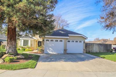 Single Family Home For Sale: 604 E Pintail Circle