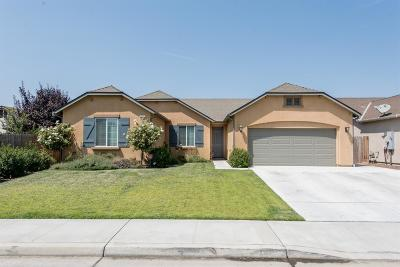 Hanford Single Family Home For Sale: 2326 Ranier Way