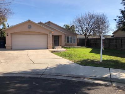 Sanger Single Family Home For Sale: 380 Tucker Avenue