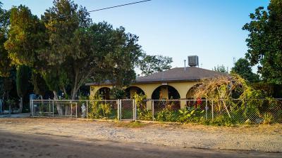 Fresno Single Family Home For Sale: 118 W Parlier Avenue