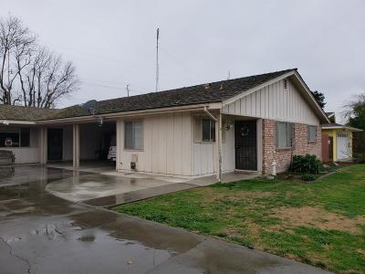 Visalia Multi Family Home For Sale: 1507 W Vassar Drive