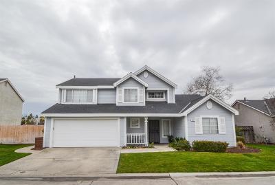 Fresno Condo/Townhouse For Sale: 8665 N Cedar Avenue #117