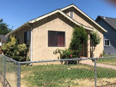 Madera Single Family Home For Sale: 625 N H Street