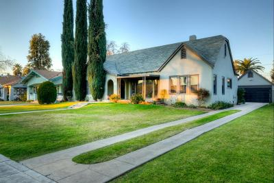 Fresno Single Family Home For Sale: 3211 E Huntington Boulevard