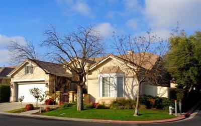 Fresno Condo/Townhouse For Sale: 2138 W Via Delfini