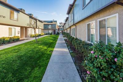Fresno Condo/Townhouse For Sale: 1745 N Winery Avenue #135