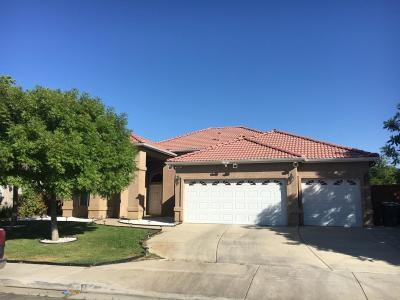 Coalinga Single Family Home For Sale: 341 Buena Vista Drive
