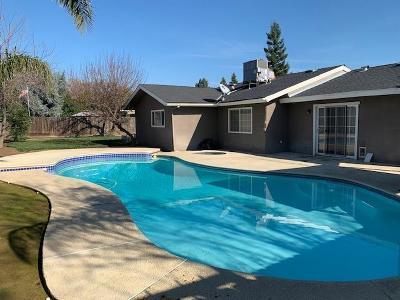Fresno Single Family Home For Sale: 6157 N Anna Street