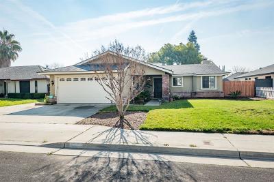 Clovis Single Family Home For Sale: 1334 Saginaw Avenue
