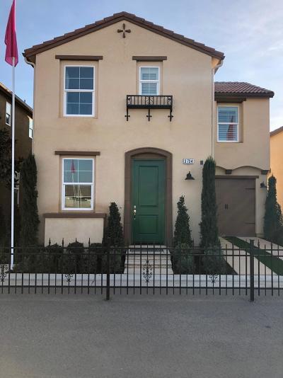 Clovis Single Family Home For Sale: 3742 Integrity Model Way