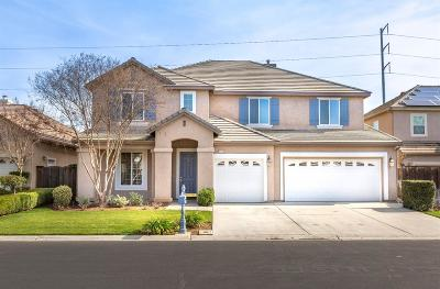 Clovis Single Family Home For Sale: 4686 N Arrow Ridge Way